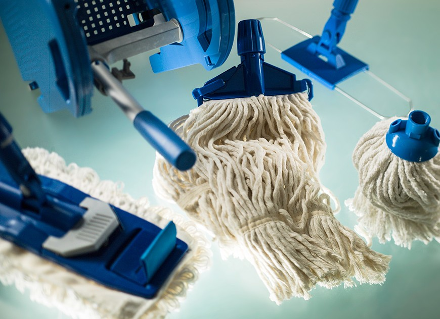 Mops and floor cleaning